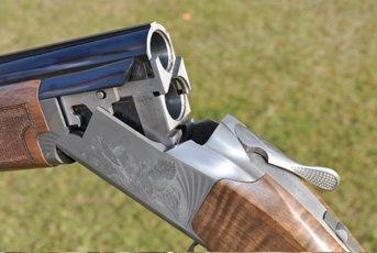 Browning 725 Hunter | Over and Under Shotgun Reviews | Gun Mart