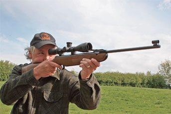 Weihrauch HW99s | Spring Air Rifle Reviews | Gun Mart