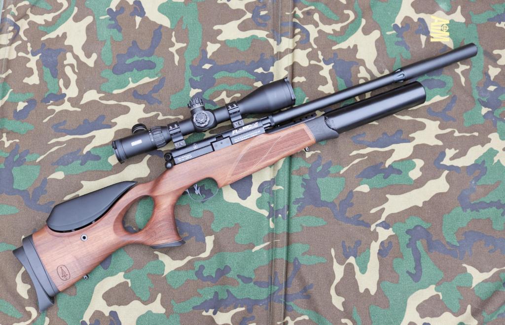 BSA R-10 TH